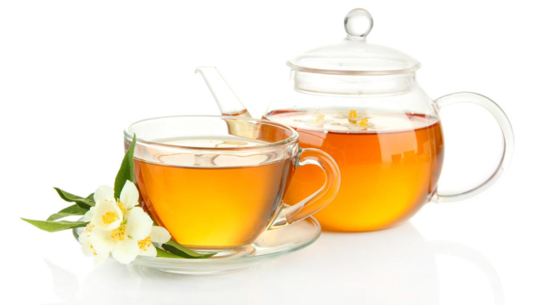 Tee mit Proteinschuss